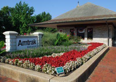 Historic-Kirkwood-Train-Station-Flower-Beds