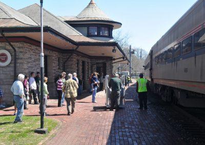 Historic-Kirkwood-Train-Station-Passengers-on-platform
