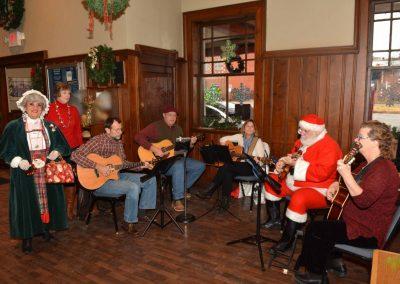 Historic-Kirkwood-Train-Station-band-santa